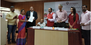 Signing of MoU with Tumkur University